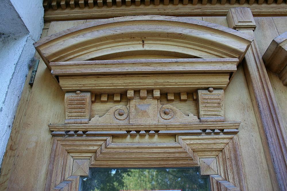 tamplarie din lemn masiv
