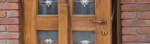 tamplarie-lemn-masiv-buton