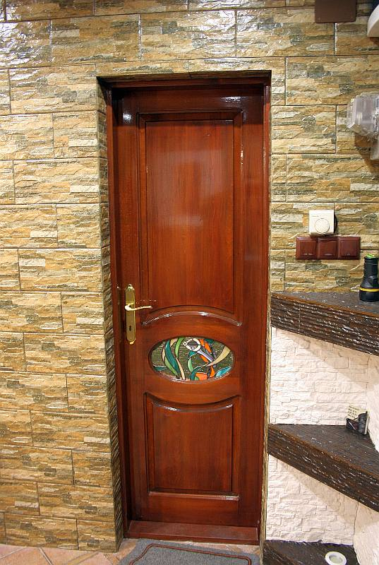 usa-intrare-tamplarie-lemn-vitraliu-casa-mihart